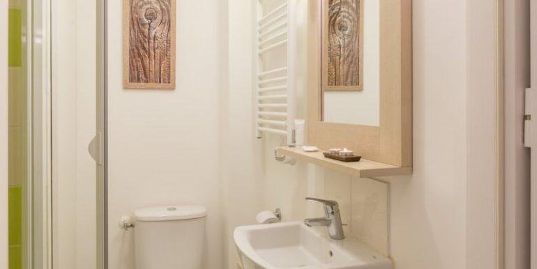 salle-de-bain-residence-le-domaine-du-bois-de-la-gree-pornichet-OHL_80404_43