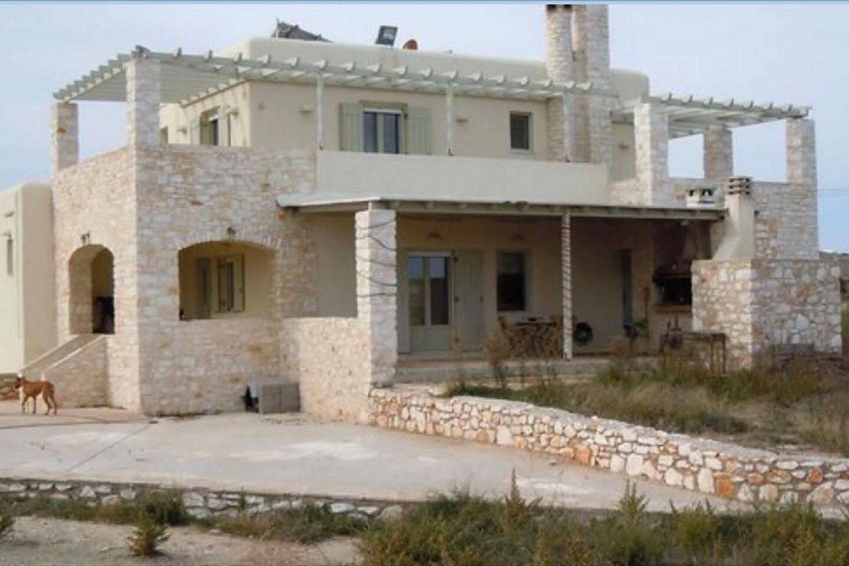 Greece / Luxurious villa of 323 sqm Paros