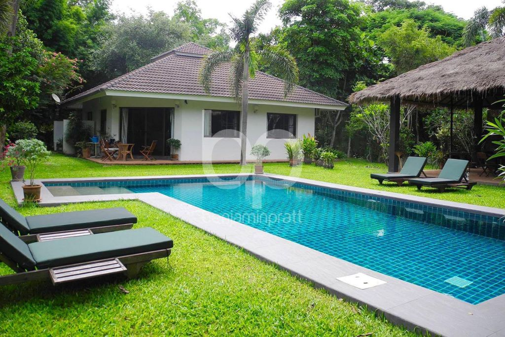 Thailand / Chiang Mai. Villa or well being center.