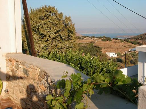 Vue Naxos 2