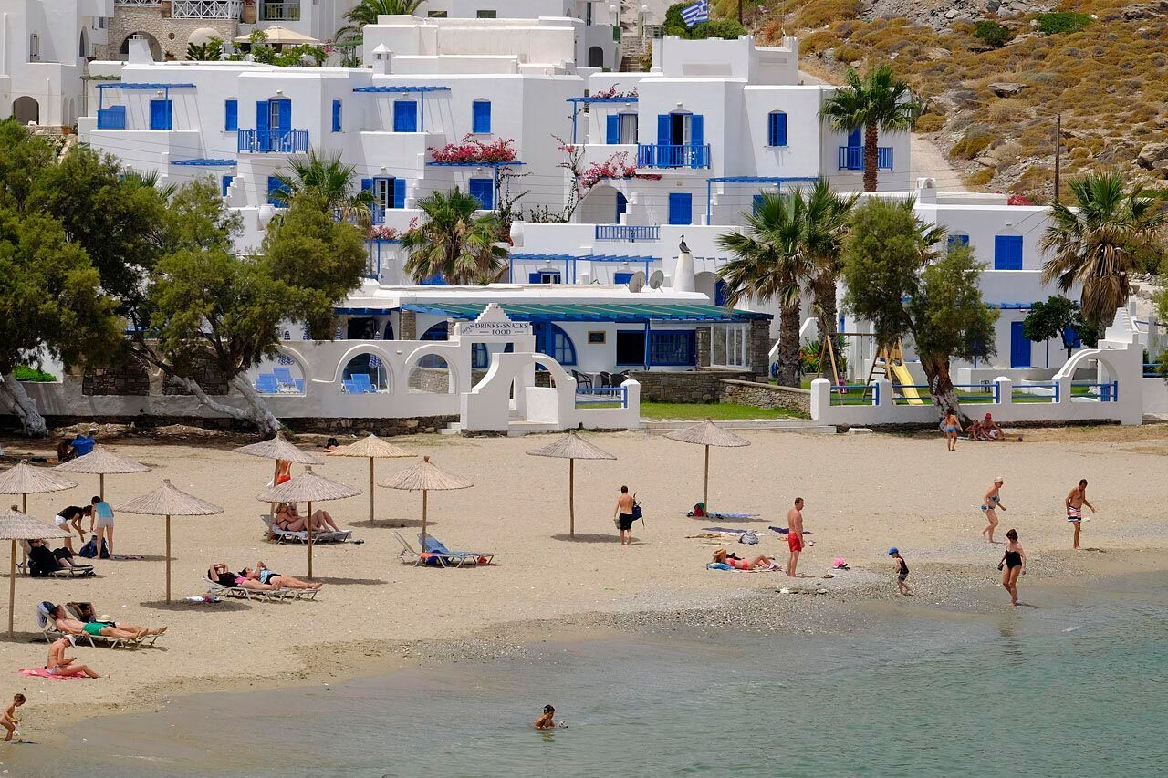 Greece / Beachfront hotel on Paros